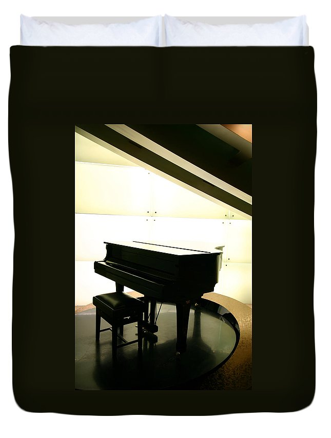 Piano Duvet Cover featuring the photograph Piano by Peterhung101
