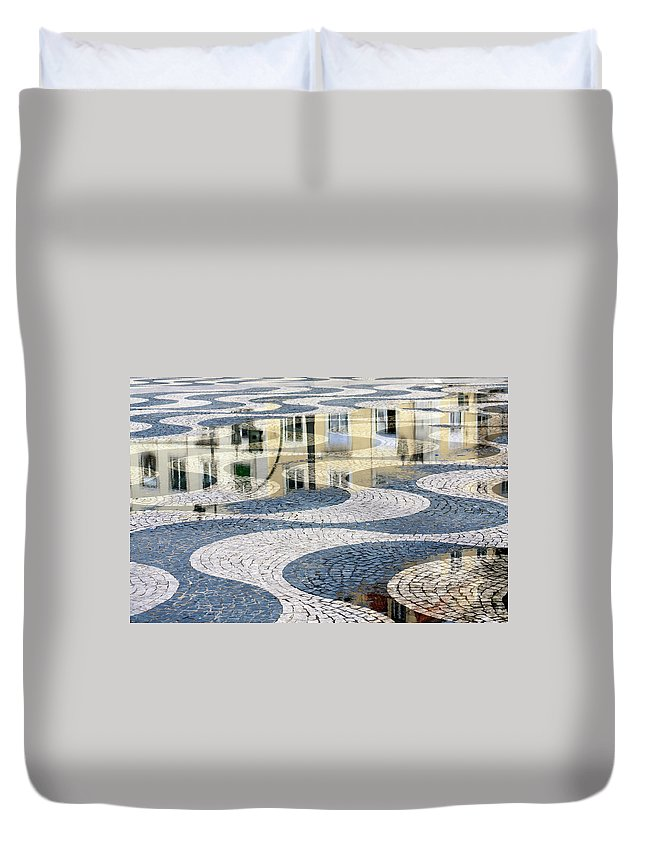 Curve Duvet Cover featuring the photograph Sidewalk In Lisbon, Portugal by Typo-graphics