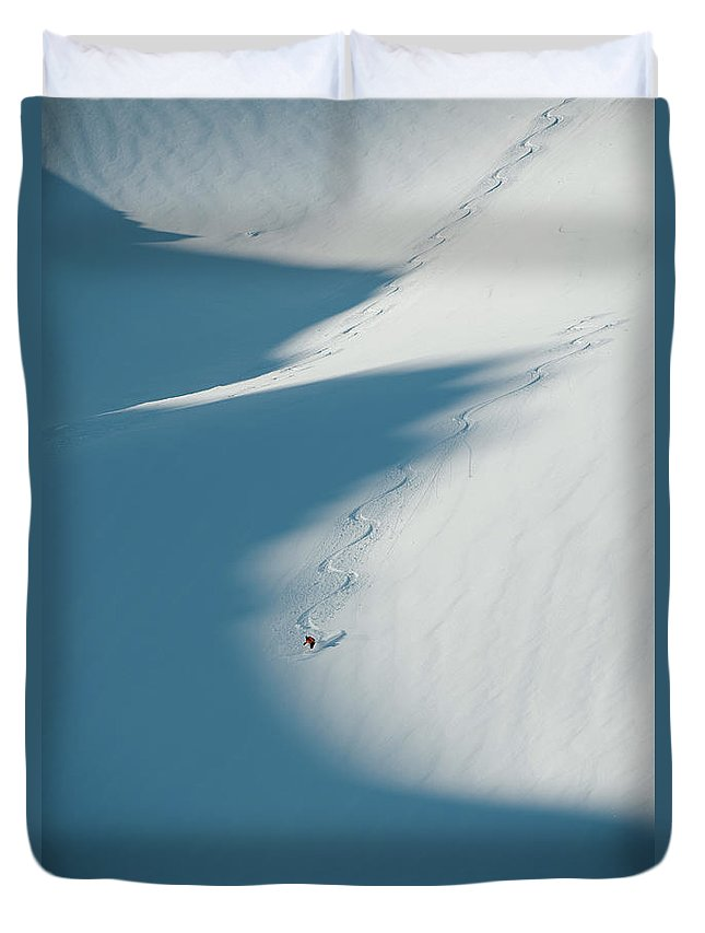 Scenics Duvet Cover featuring the photograph Ski Guide At Work by Topher Donahue