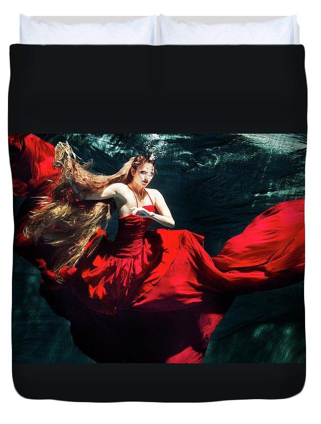 Ballet Dancer Duvet Cover featuring the photograph Female Dancer Performing Under Water by Henrik Sorensen