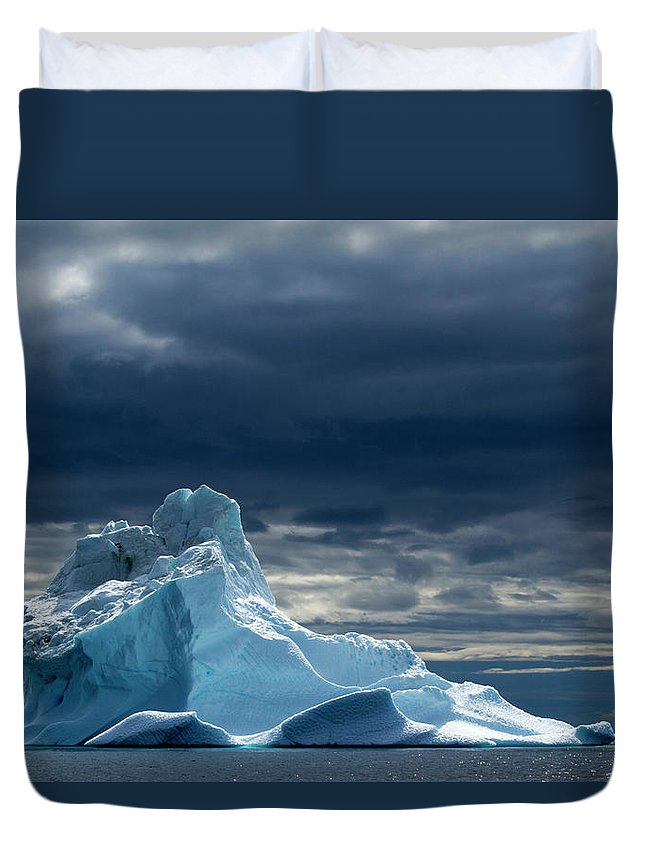 Tranquility Duvet Cover featuring the photograph Icebergs, Disko Bay, Greenland by Paul Souders