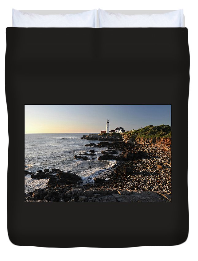 Water's Edge Duvet Cover featuring the photograph Portland Head Light by Aimintang
