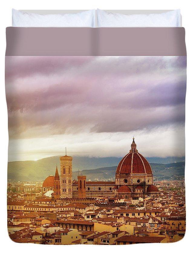 Palazzo Vecchio Duvet Cover featuring the photograph Florence, Santa Maria Del Fiore by Deimagine