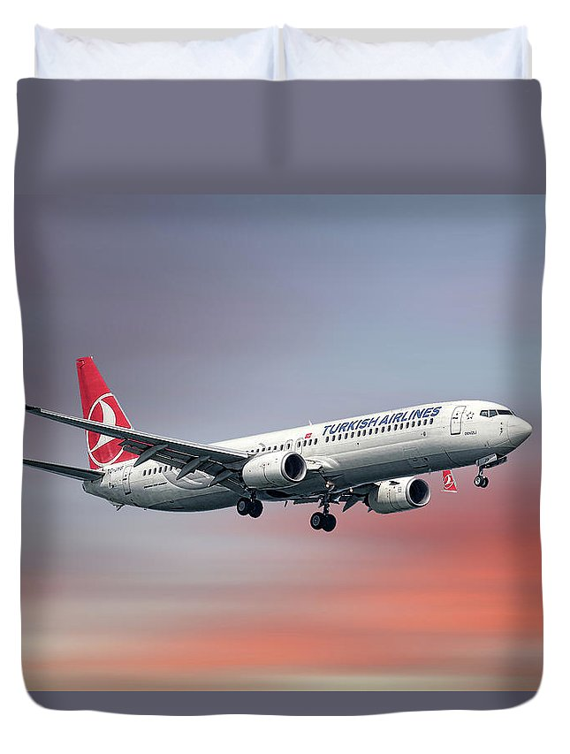 Turkish Duvet Cover featuring the mixed media Turkish Airlines Boeing 737-9f2 by Smart Aviation