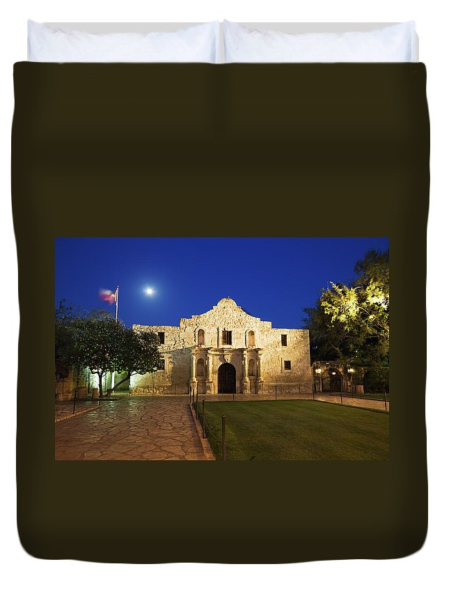 War Duvet Cover featuring the photograph Alamo Mission, San Antonio, A Famous by Yinyang