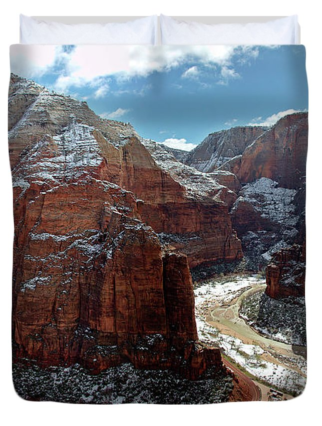 Scenics Duvet Cover featuring the photograph Angels Landing View From Top by Daniel Osterkamp