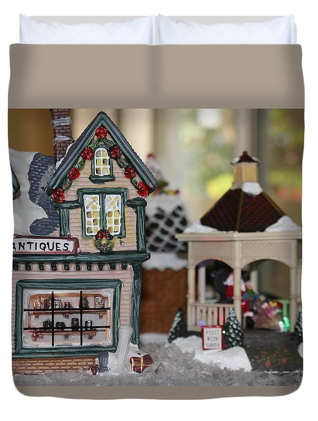 Christmas Duvet Cover featuring the photograph Antiques In Christmas Town by Colleen Cornelius