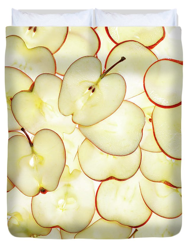 Large Group Of Objects Duvet Cover featuring the photograph Apple Slices by Lauren Burke