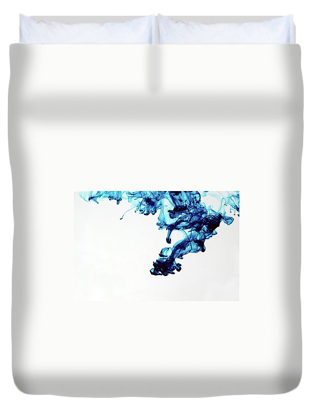 Mixing Duvet Cover featuring the photograph Aqua Art 1 Of 5 by Bpalmer