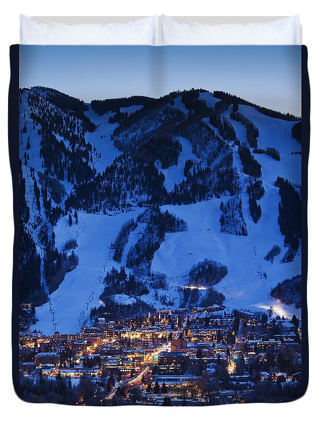 Aspen Duvet Cover featuring the photograph Aspen Mountain, Winter by Walter Bibikow