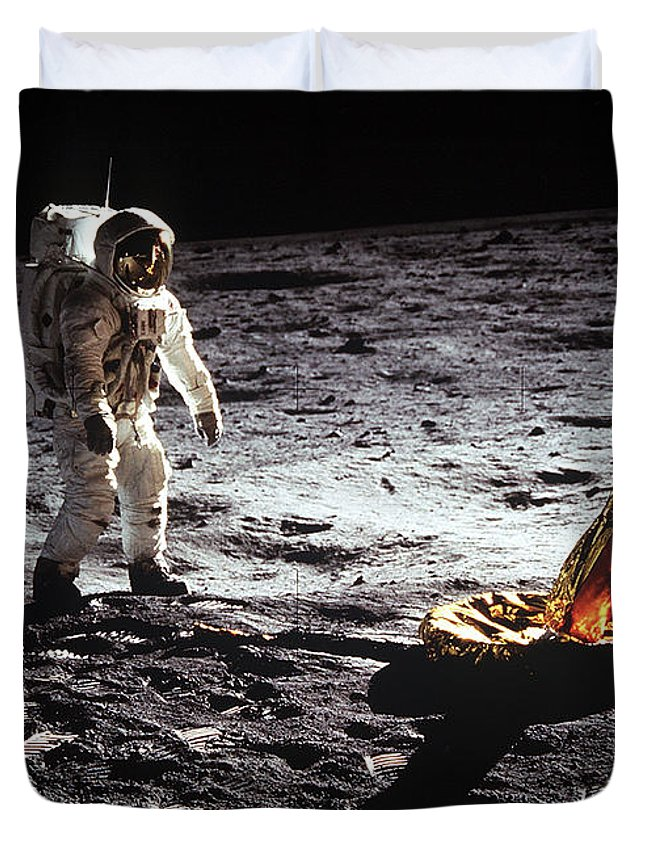 Space Duvet Cover featuring the digital art Astronaut On Lunar Surface by Filip Hellman