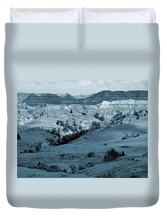 North Dakota Duvet Cover featuring the photograph Badlands Shadows And Sunlight by Cris Fulton