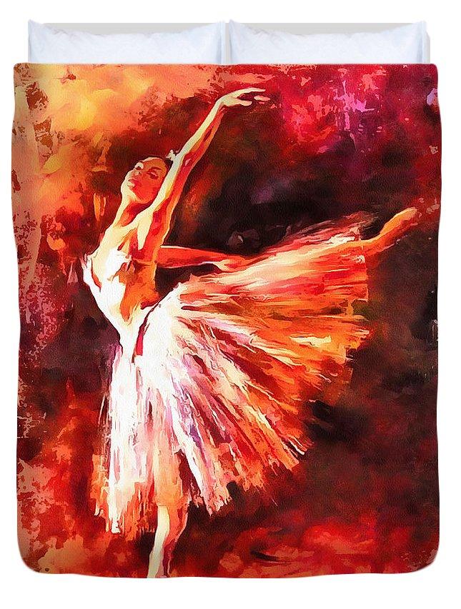 Baile Duvet Cover featuring the digital art Bailarina by Galeria Trompiz