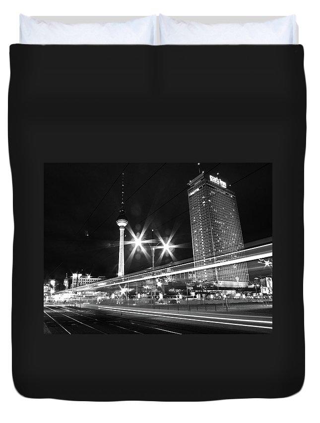 Alexanderplatz Duvet Cover featuring the photograph Berlin Alexanderplatz At Night by Bernd Schunack
