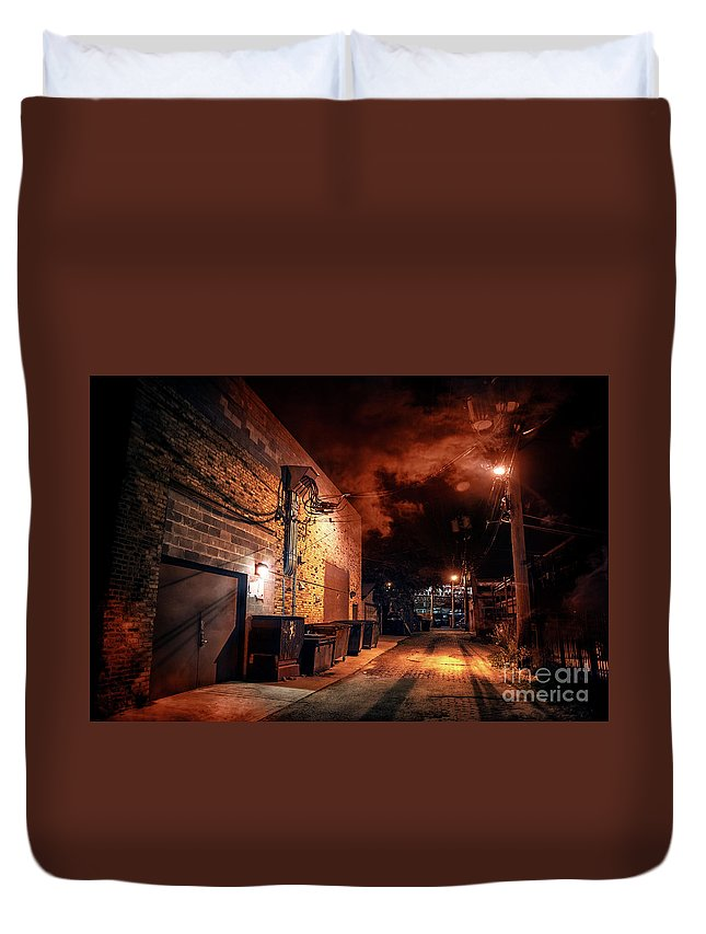 Alley Duvet Cover featuring the photograph Between Midnight And Dawn by Bruno Passigatti