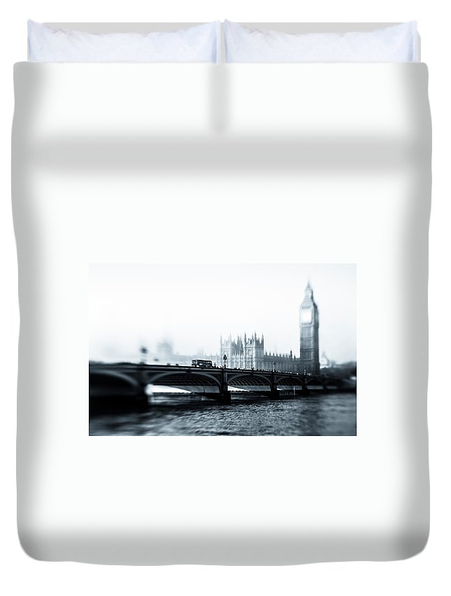 Clock Tower Duvet Cover featuring the photograph Big Ben And Houses Of Parliament In The by Cirano83