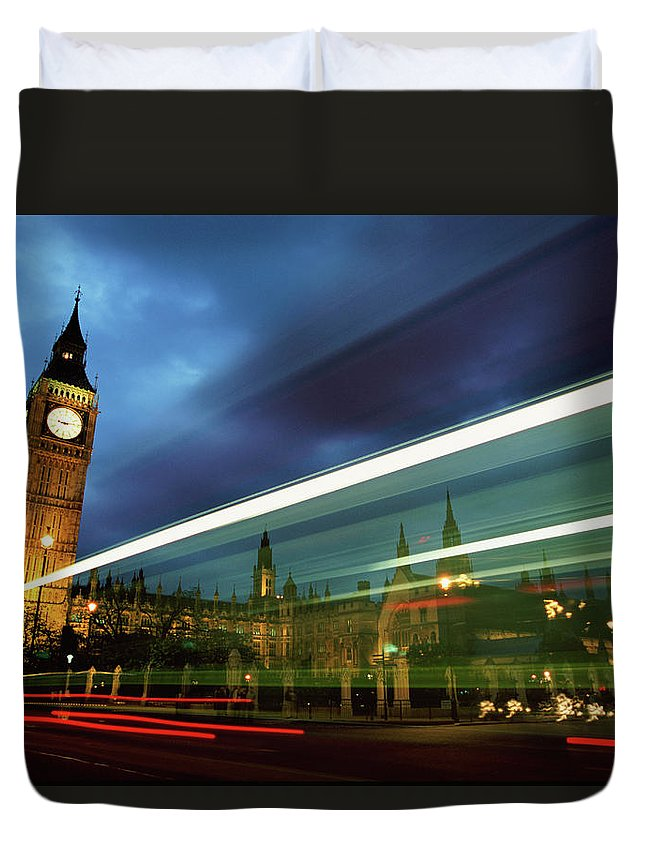 Gothic Style Duvet Cover featuring the photograph Big Ben And The Houses Of Parliament by Allan Baxter
