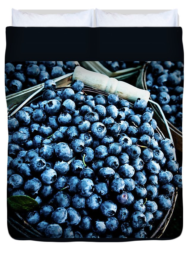 Heap Duvet Cover featuring the photograph Blueberries At Farmers Market by Richard Deming Photography