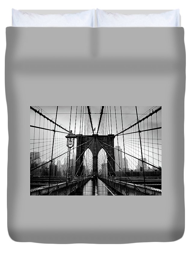 Clear Sky Duvet Cover featuring the photograph Brooklyn Bridge by Serhio.com Photography By Sergei Yahchybekov