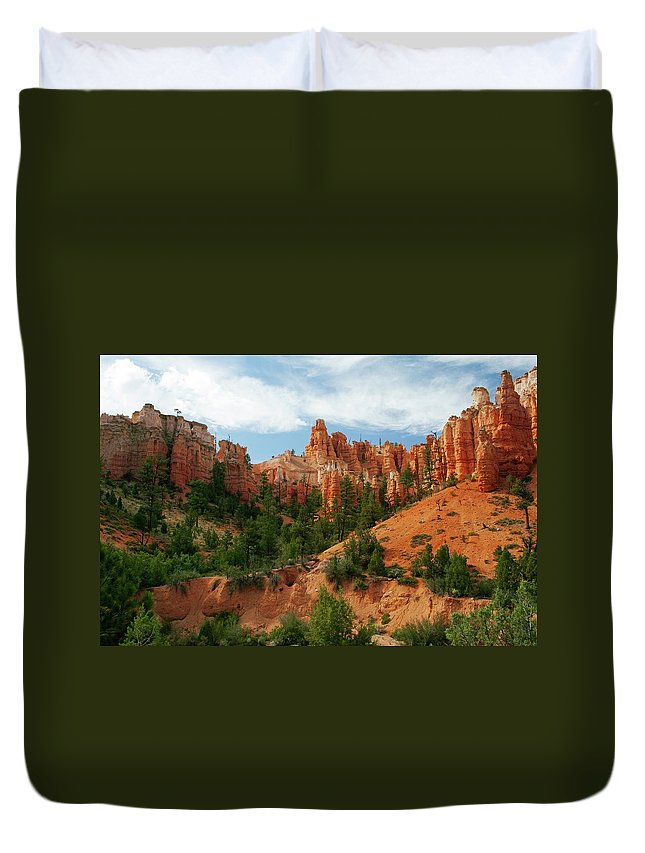 Scenics Duvet Cover featuring the photograph Bryce Canyon by Wsfurlan