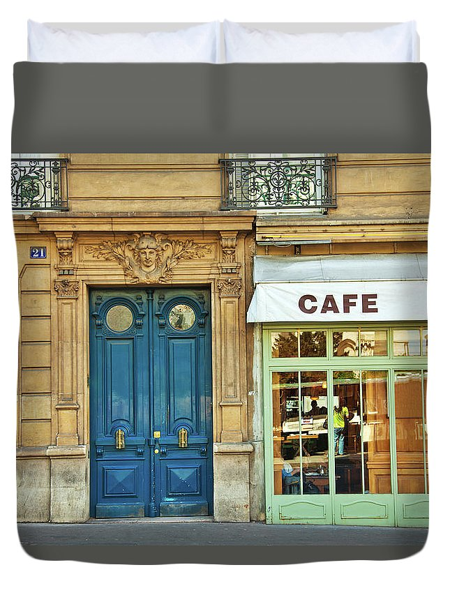 Diner Duvet Cover featuring the photograph Cafe In Paris by Nikada