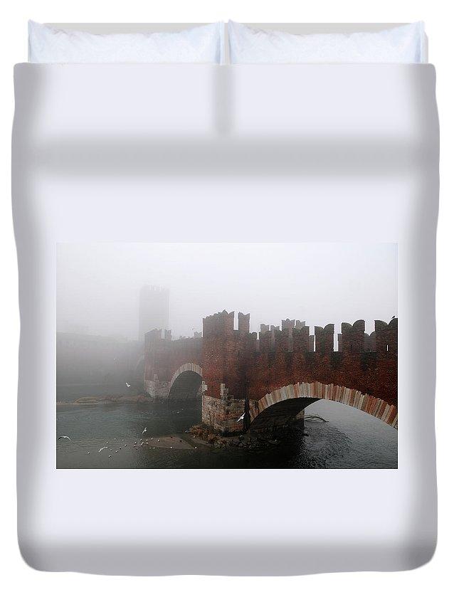 Arch Duvet Cover featuring the photograph Castelvecchio Bridge by Stefano Zuliani Photo