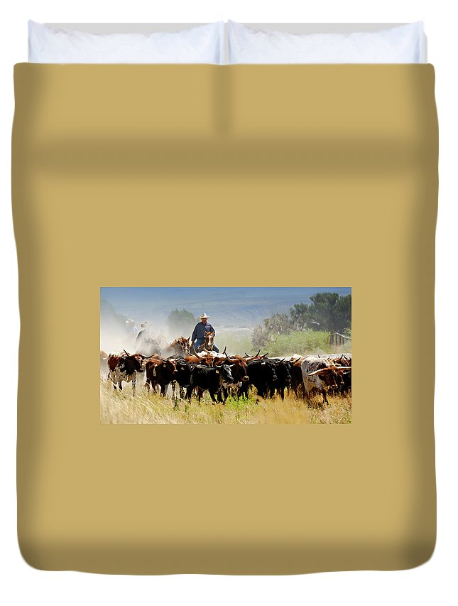 Horse Duvet Cover featuring the photograph Cattle Drive by Lifejourneys