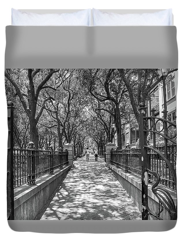 Charleston Riverfront Park Black And White Duvet Cover featuring the photograph Charleston Riverfront Park Black And White by Dan Sproul