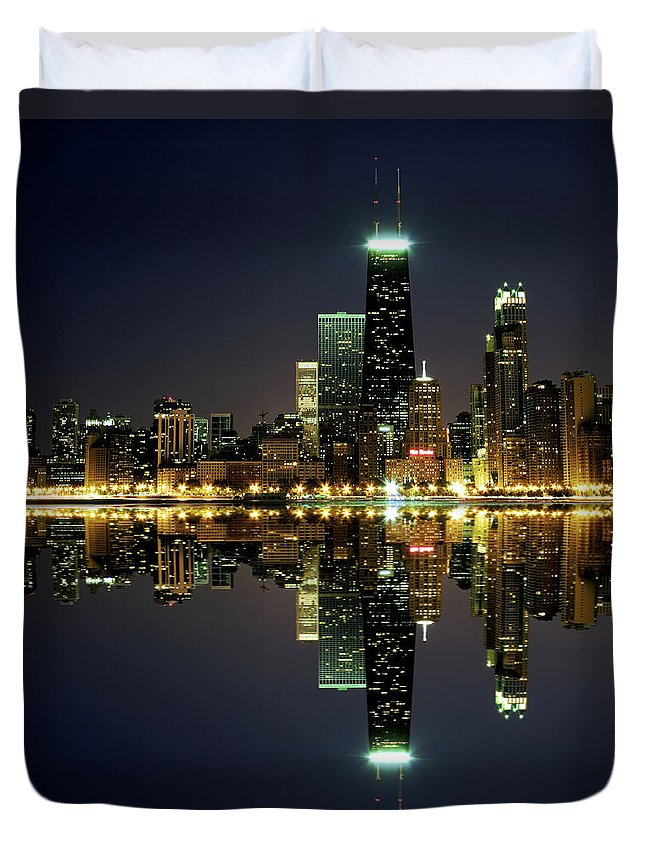 Lake Michigan Duvet Cover featuring the photograph Chicago Skyline Reflected On Lake by Pawel.gaul