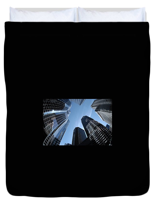 Trading Duvet Cover featuring the photograph Chicago Skyscrapers by Funky-data