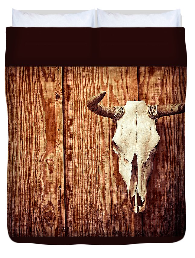 Animal Skull Duvet Cover featuring the photograph Cow Skull by Thepalmer