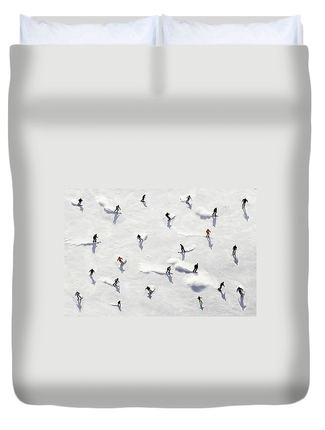 Skiing Duvet Cover featuring the photograph Crowded Holiday by Mistikas