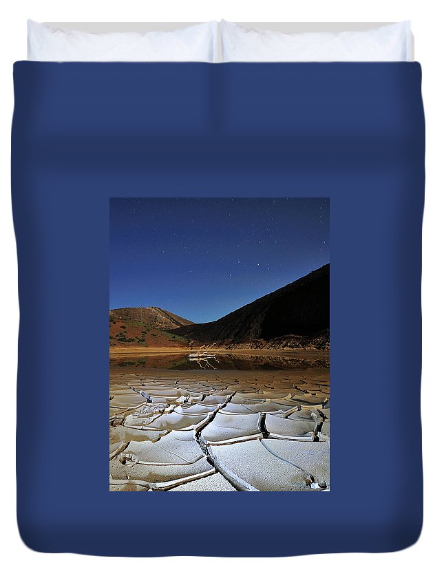 Tranquility Duvet Cover featuring the photograph Dry Landscape With Stars And Mountains by Davidexuvia