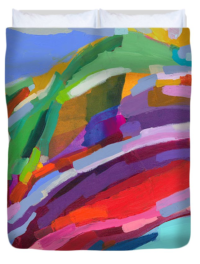 Abstract Duvet Cover featuring the painting Felicity by Claire Desjardins