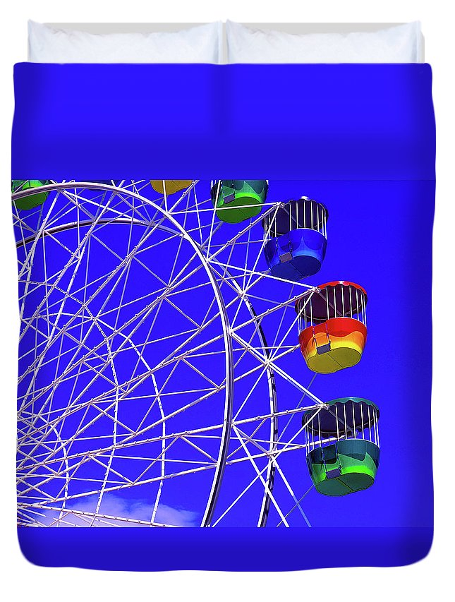Outdoors Duvet Cover featuring the photograph Ferris Wheel, Sydney, Australia by Hans-peter Merten