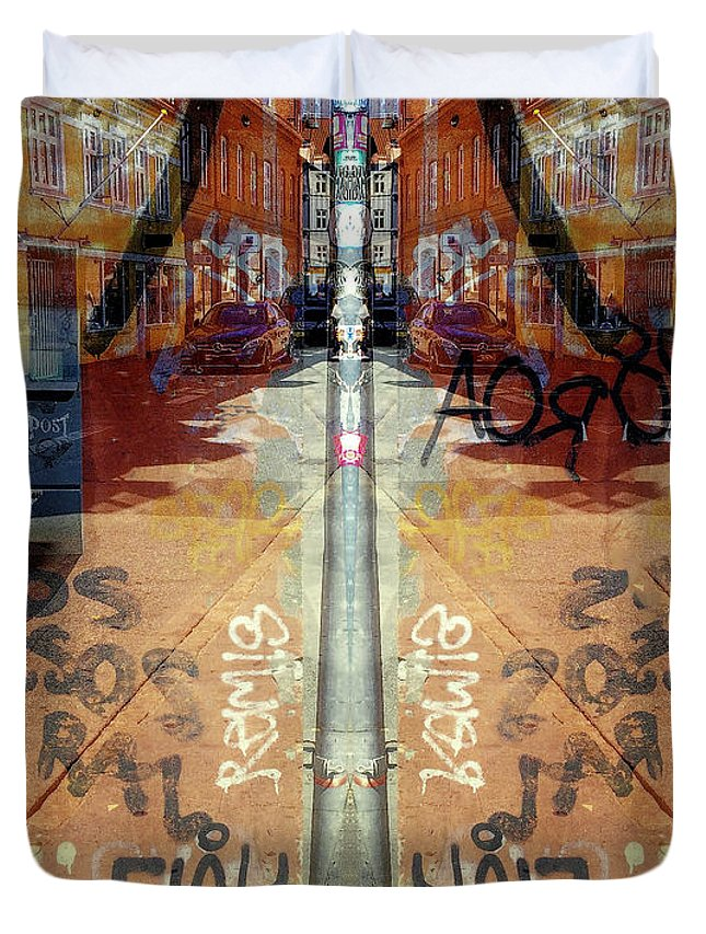 Fine Art Duvet Cover featuring the digital art FLeK by Ole Klintebaek