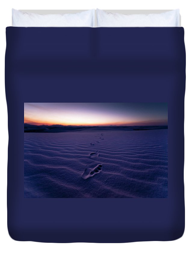 New Mexico Duvet Cover featuring the photograph Footprint On Dunes by Son Gallery - Wilson Lee