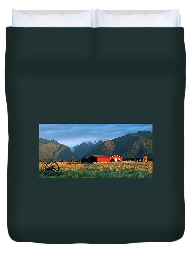Horse Duvet Cover featuring the photograph Fox Glacier Looms Over Plain by Dmathies