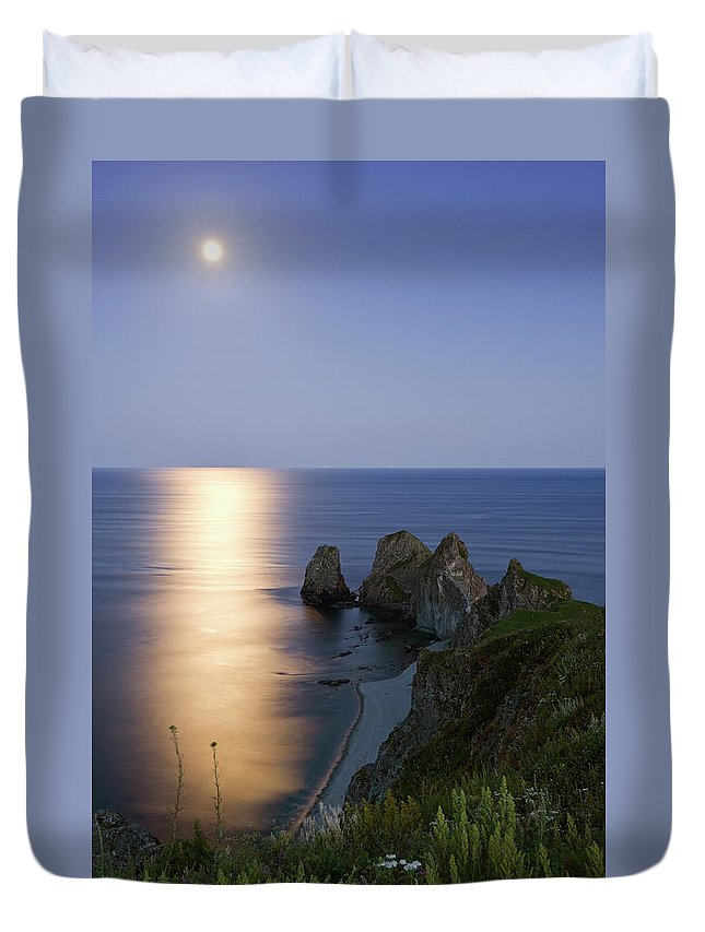 Scenics Duvet Cover featuring the photograph Full Moon On Cape Four Rocks by V. Serebryanskiy
