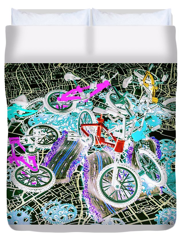 Bicycle Duvet Cover featuring the photograph Gearing Up by Jorgo Photography - Wall Art Gallery