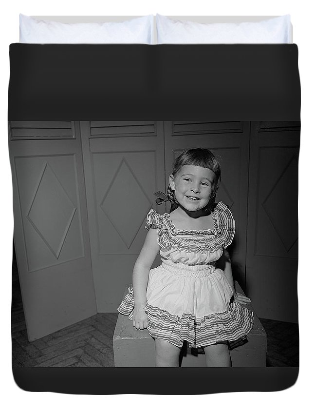 Three Quarter Length Duvet Cover featuring the photograph Girl 6-7 Sitting On Box, Smiling by George Marks