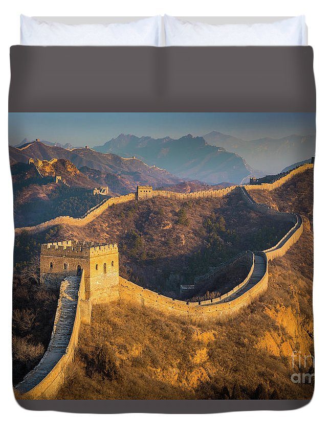 Asia Duvet Cover featuring the photograph Great Wall Last Light by Inge Johnsson