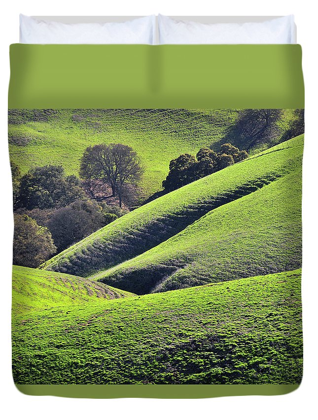 Scenics Duvet Cover featuring the photograph Green Rolling Hills Of Central by Mitch Diamond