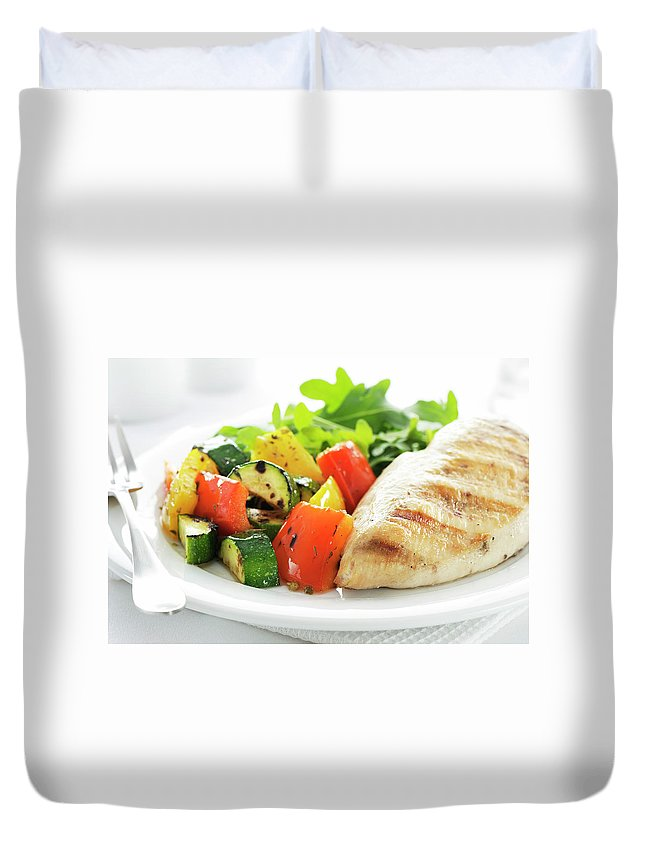 Chicken Meat Duvet Cover featuring the photograph Healthy Meal by Easybuy4u