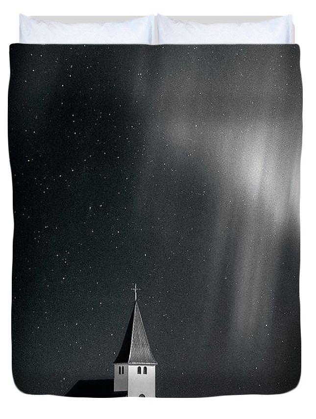 Kremsdorf Duvet Cover featuring the photograph Heaven's Light by Evelina Kremsdorf
