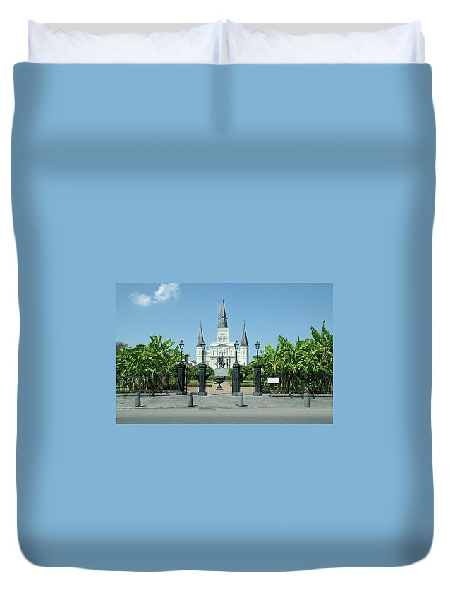 Statue Duvet Cover featuring the photograph Historic Jackson Square, New Orleans by Pelicankate