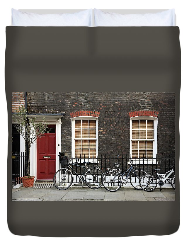 Row House Duvet Cover featuring the photograph House In London by Imagestock