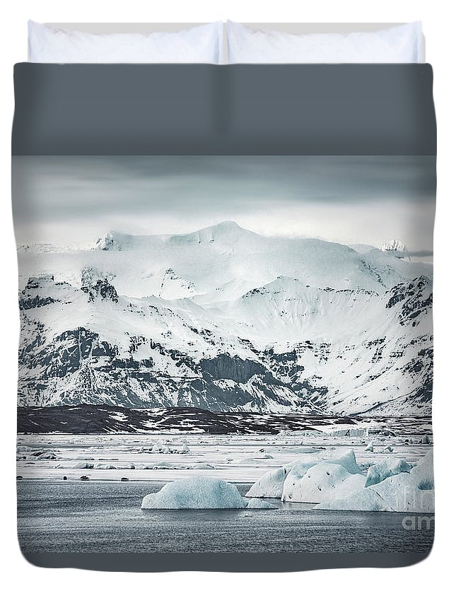 Kremsdorf Duvet Cover featuring the photograph Ice Encounters by Evelina Kremsdorf