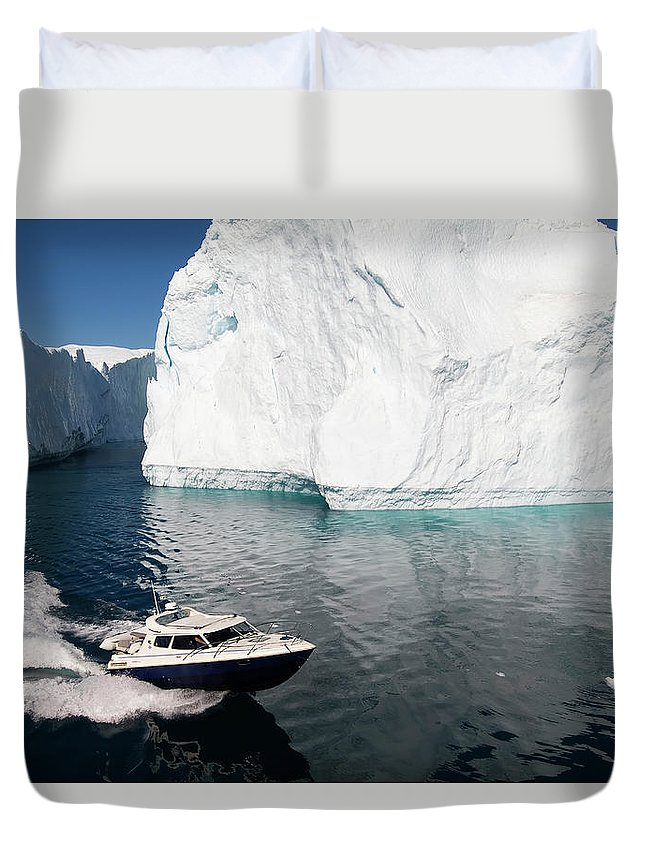 Scenics Duvet Cover featuring the photograph Ilulissat, Disko Bay by Gabrielle Therin-weise