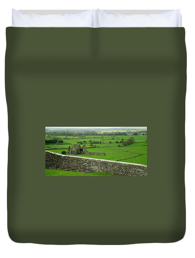 Scenics Duvet Cover featuring the photograph Ireland Country Scape With Castle Ruins by Njgphoto